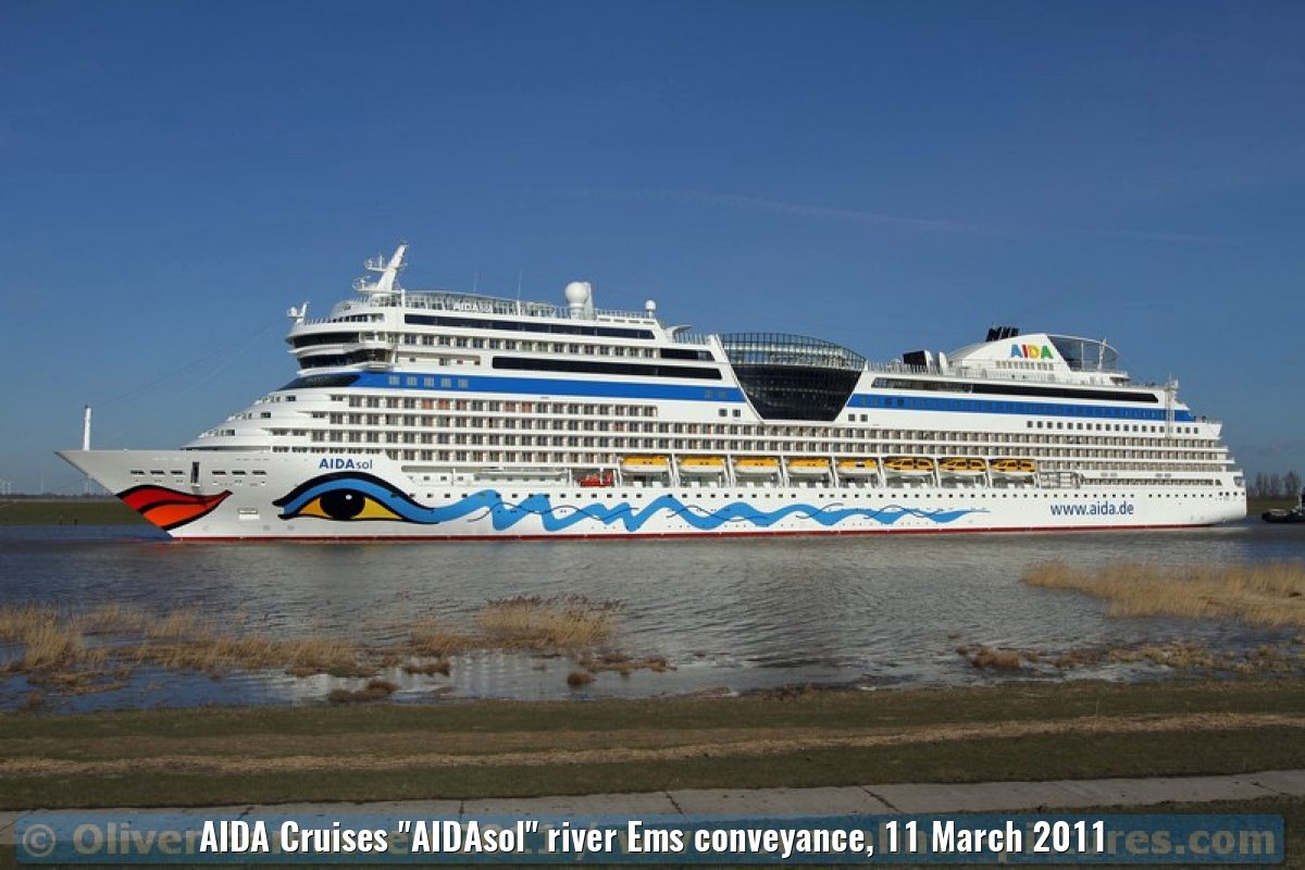 "AIDA Cruises ""AIDAsol"" river Ems conveyance, 11 March 2011"