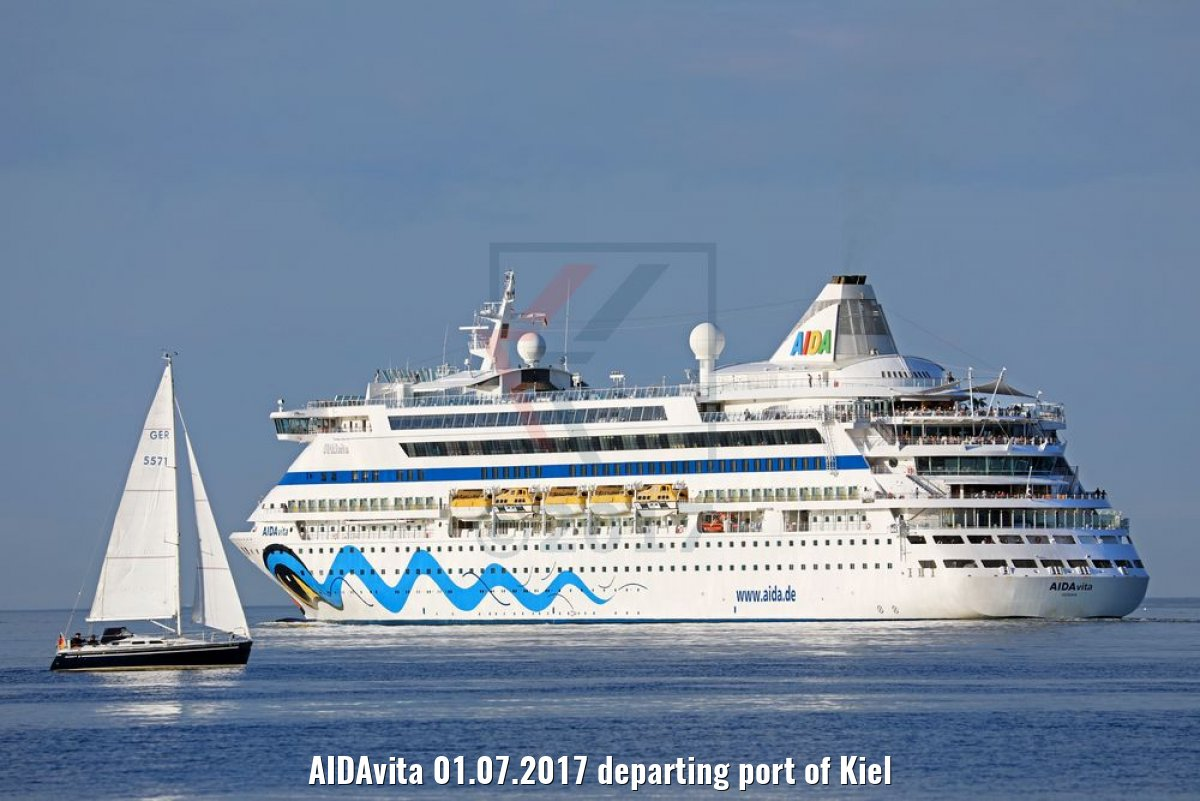 AIDAvita 01.07.2017 departing port of Kiel