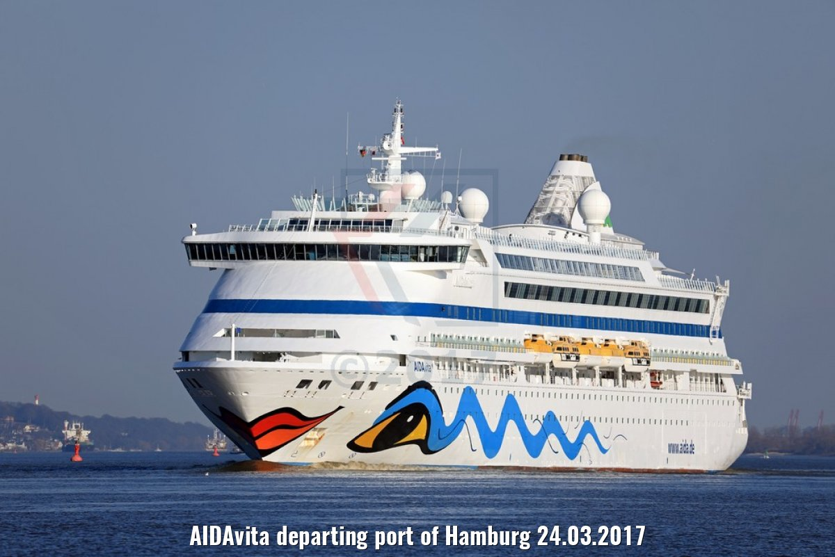 AIDAvita departing port of Hamburg 24.03.2017