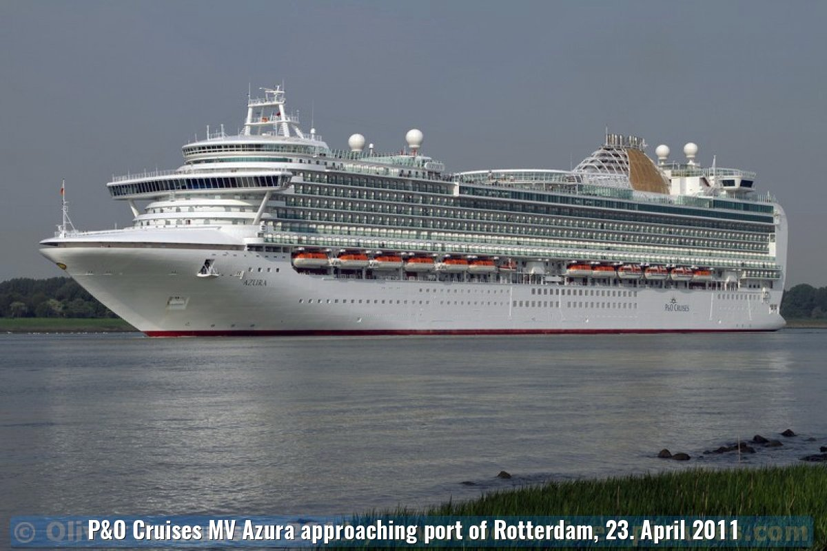 P&O Cruises MV Azura approaching port of Rotterdam, 23. April 2011