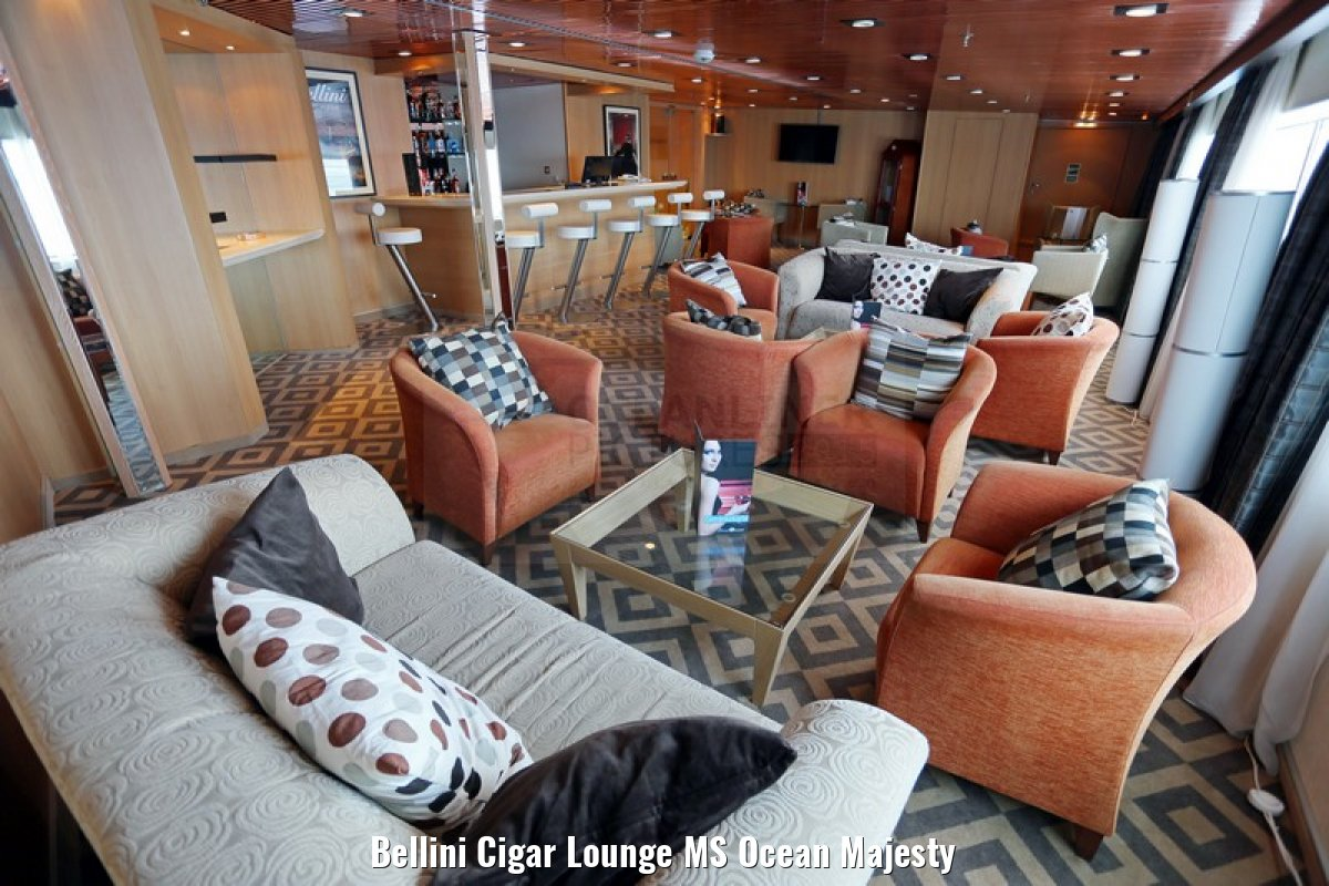 Bellini Cigar Lounge MS Ocean Majesty