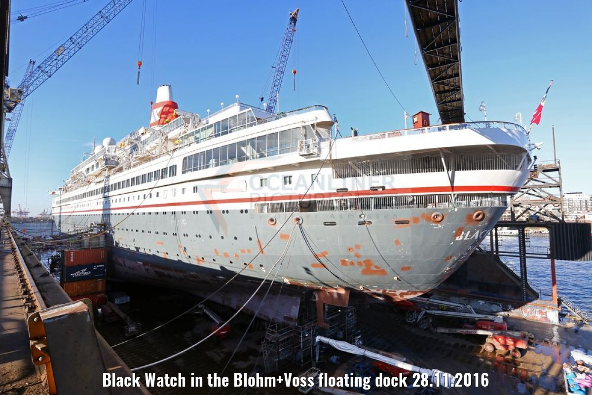 Black Watch in the Blohm+Voss floating dock 28.11.2016