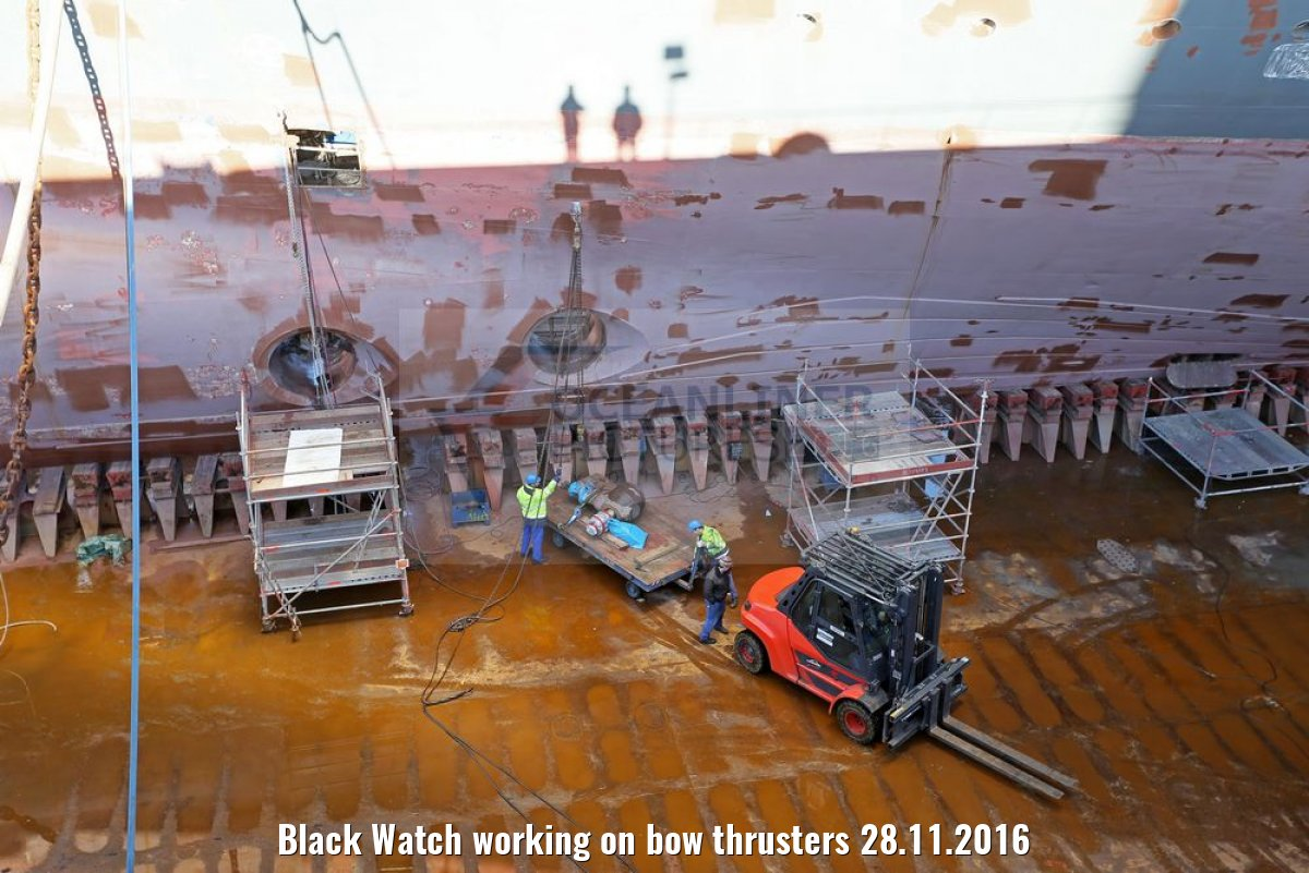 Black Watch working on bow thrusters 28.11.2016