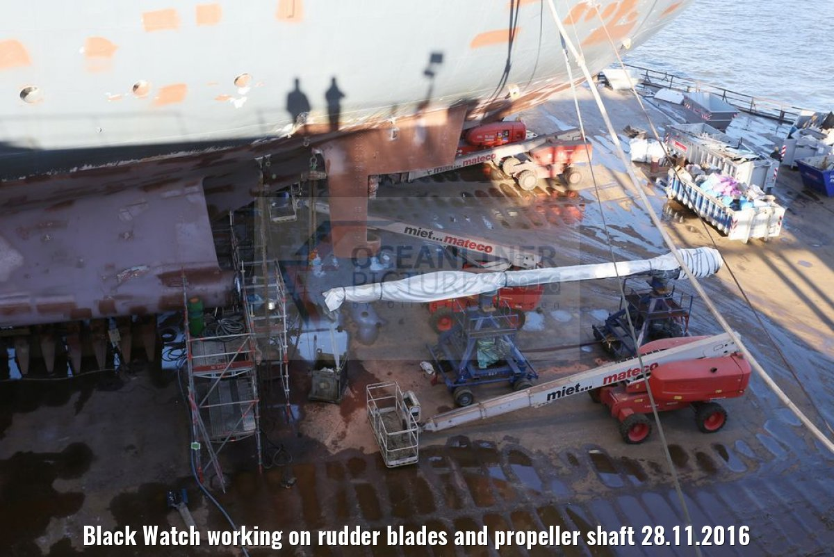 Black Watch working on rudder blades and propeller shaft 28.11.2016