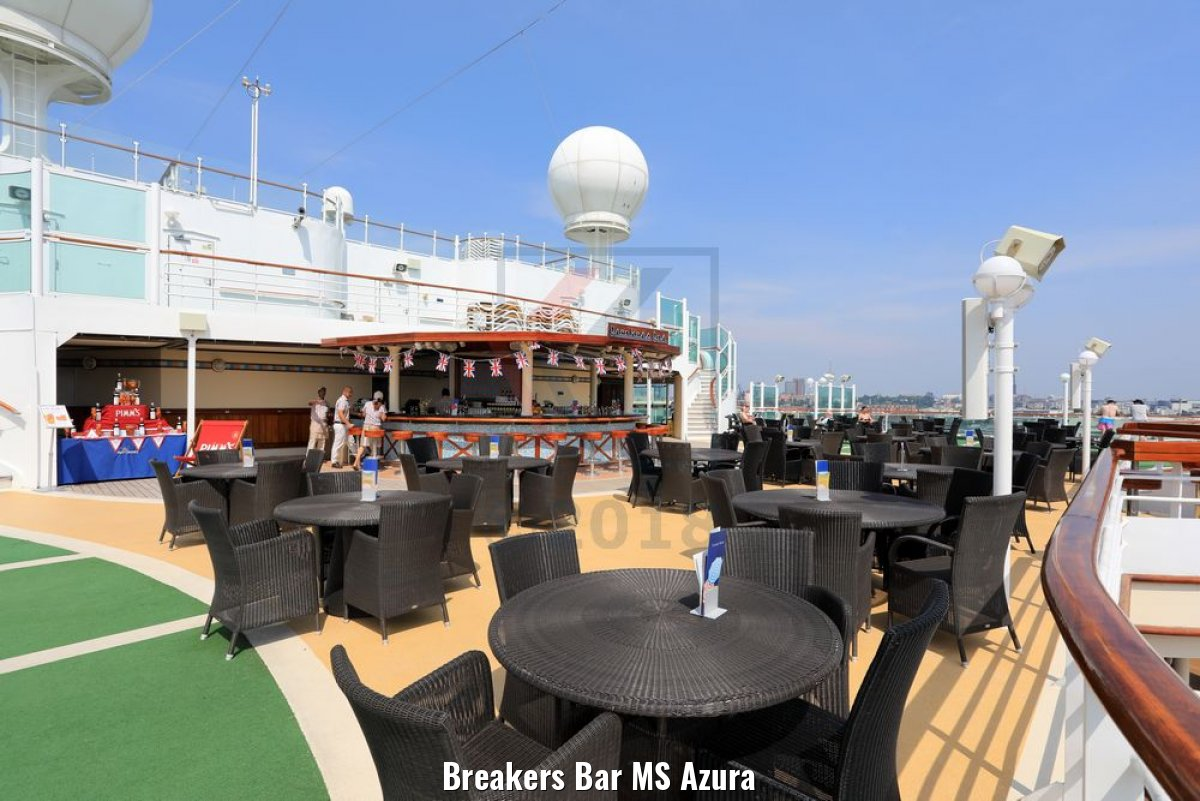 Breakers Bar MS Azura