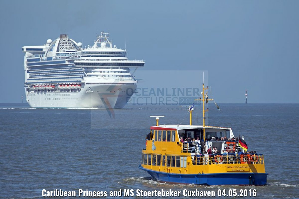 Caribbean Princess and MS Stoertebeker Cuxhaven 04.05.2016