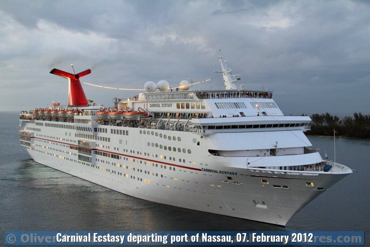 Carnival Ecstasy departing port of Nassau, 07. February 2012