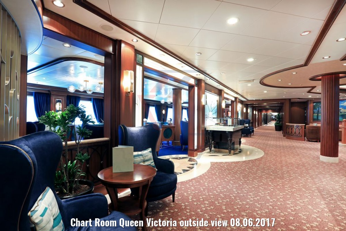 Chart Room Queen Victoria outside view 08.06.2017
