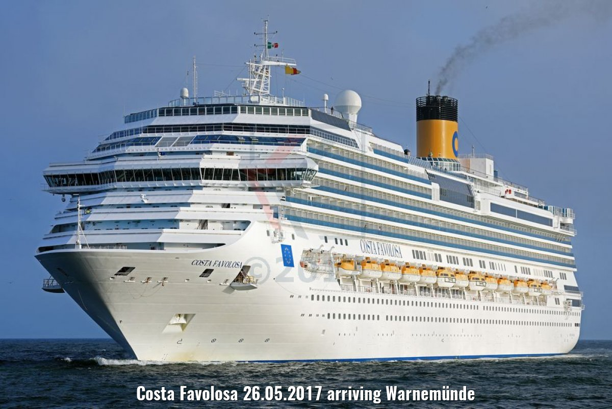 Costa Favolosa 26.05.2017 arriving Warnemünde