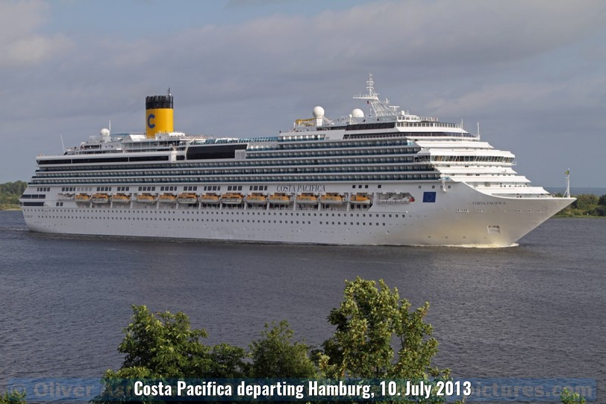 Costa Pacifica departing Hamburg, 10. July 2013