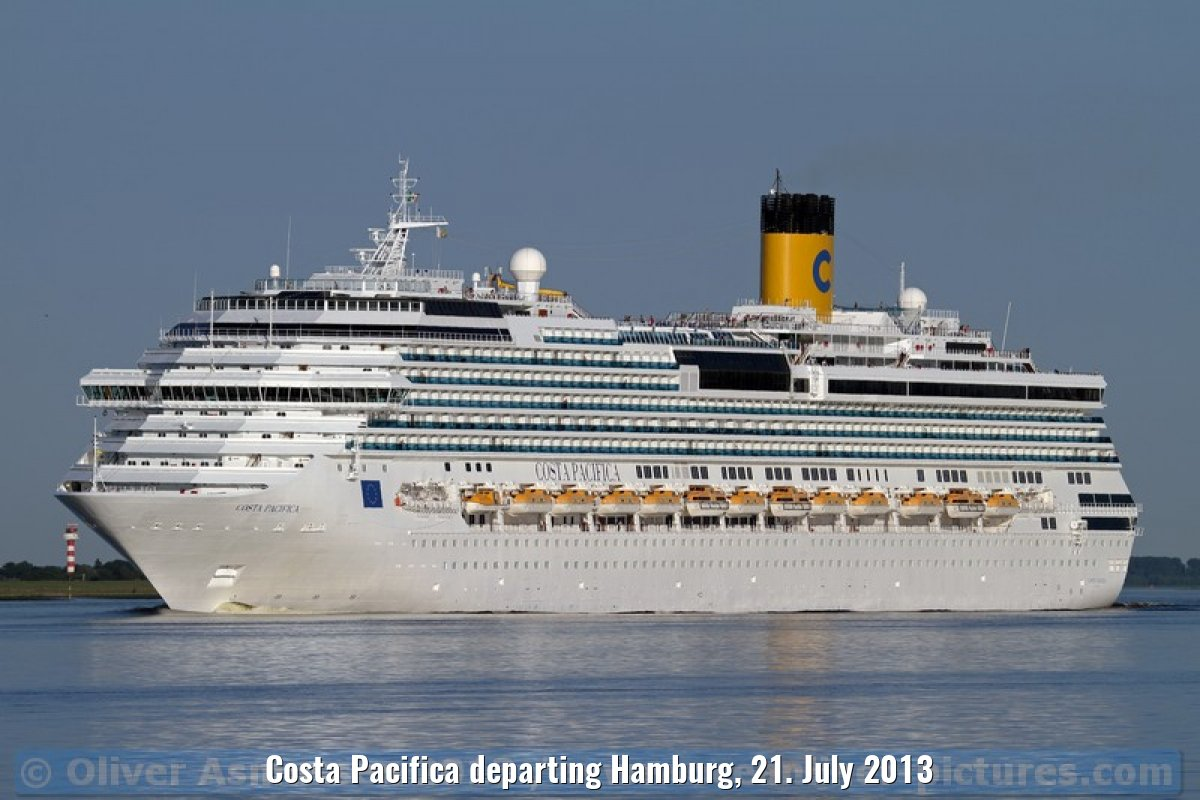 Costa Pacifica departing Hamburg, 21. July 2013
