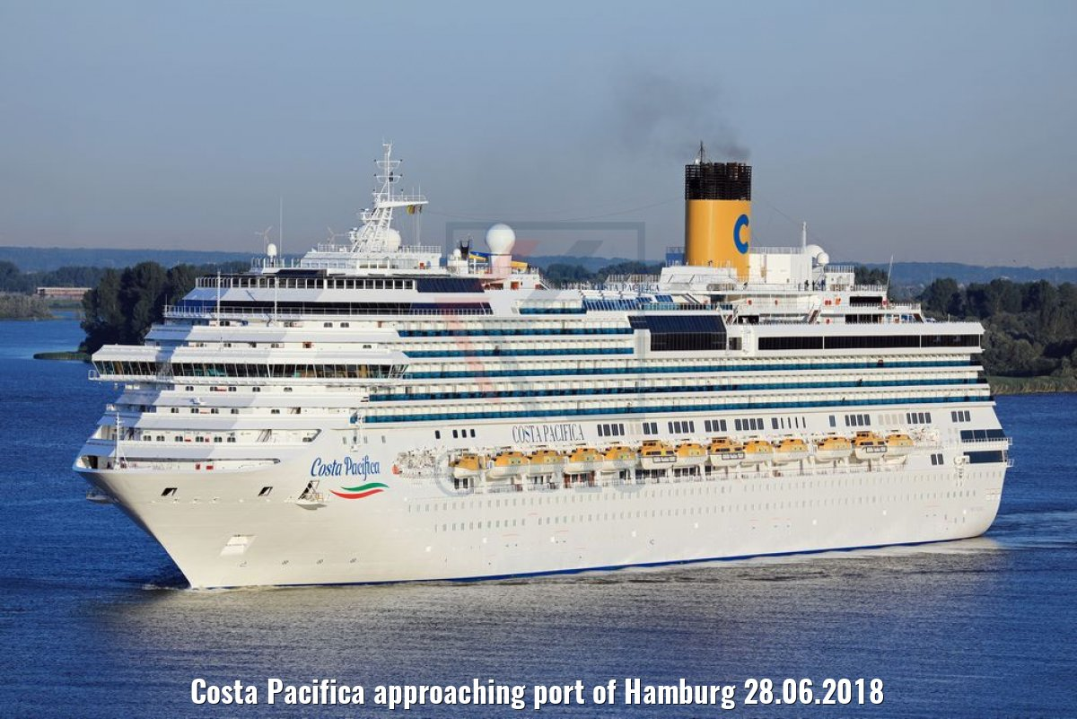 Costa Pacifica approaching port of Hamburg 28.06.2018