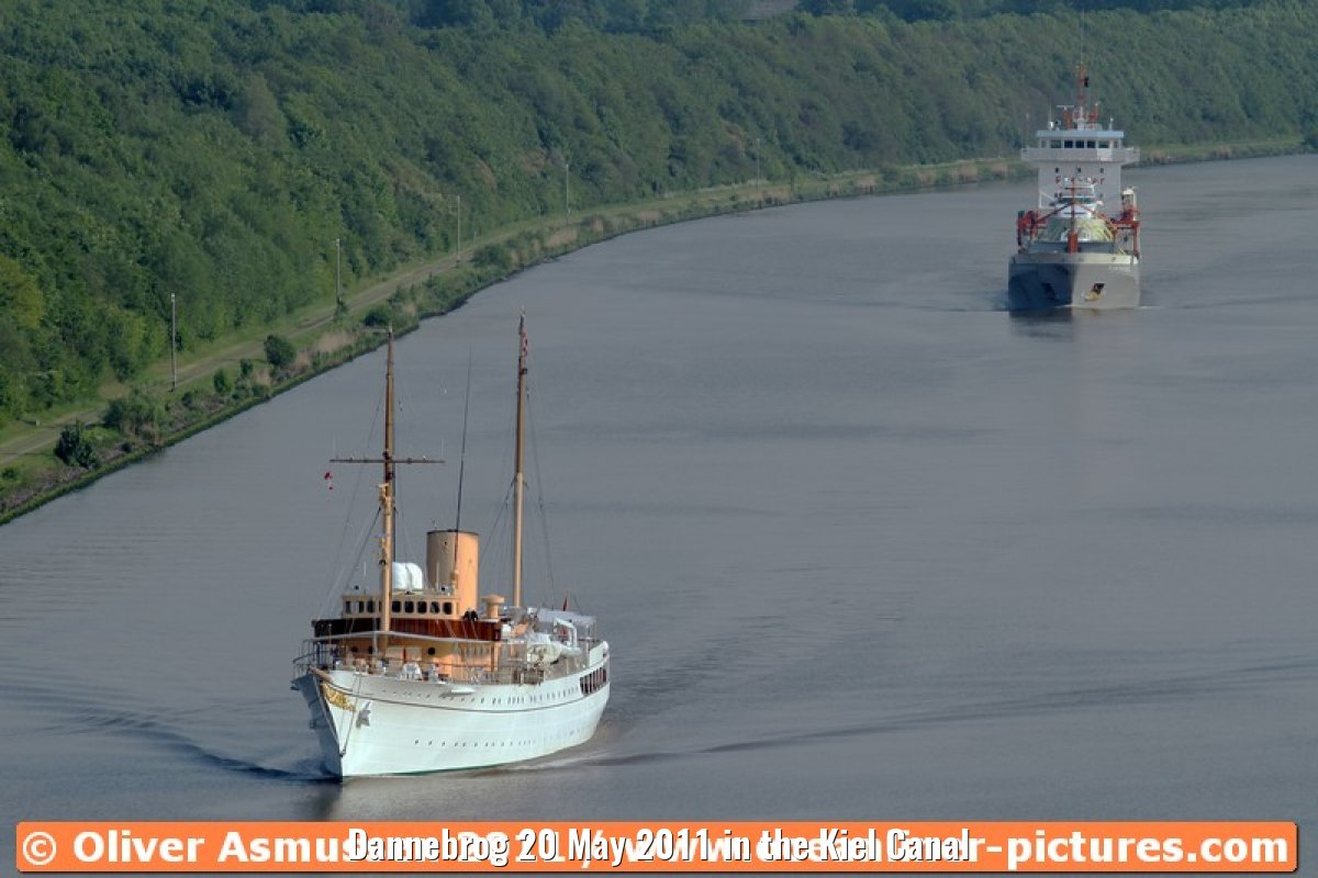 Dannebrog 20 May 2011 in the Kiel Canal
