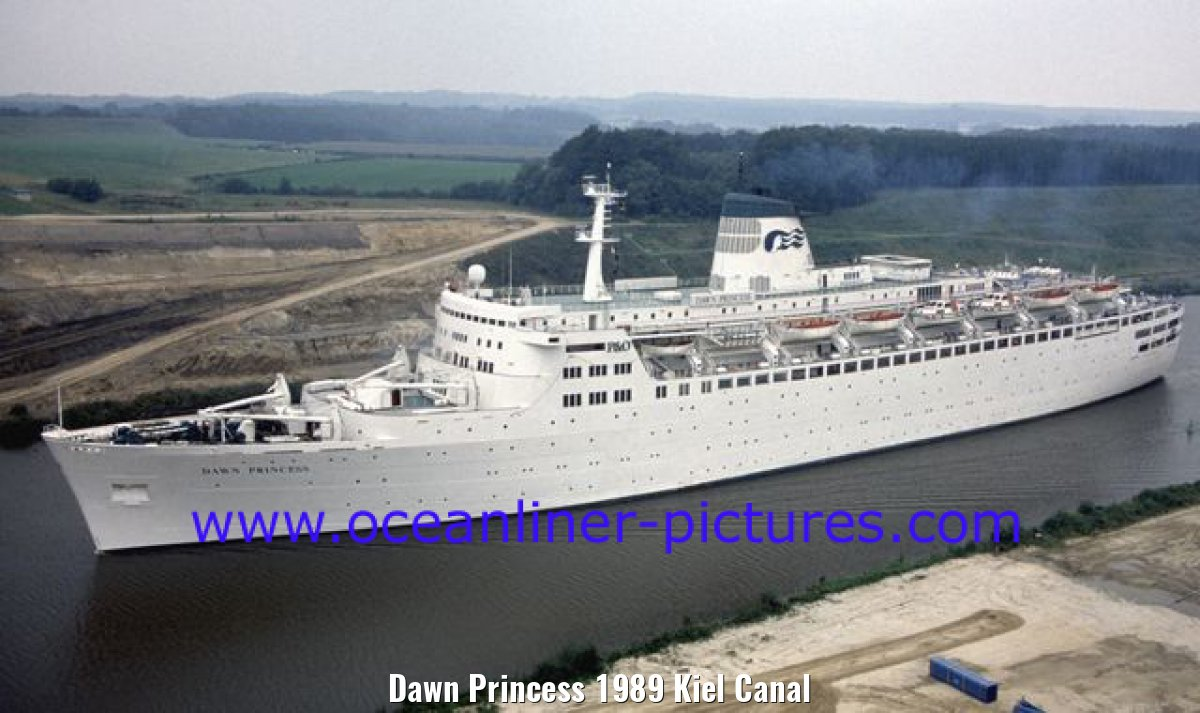 Dawn Princess 1989 Kiel Canal