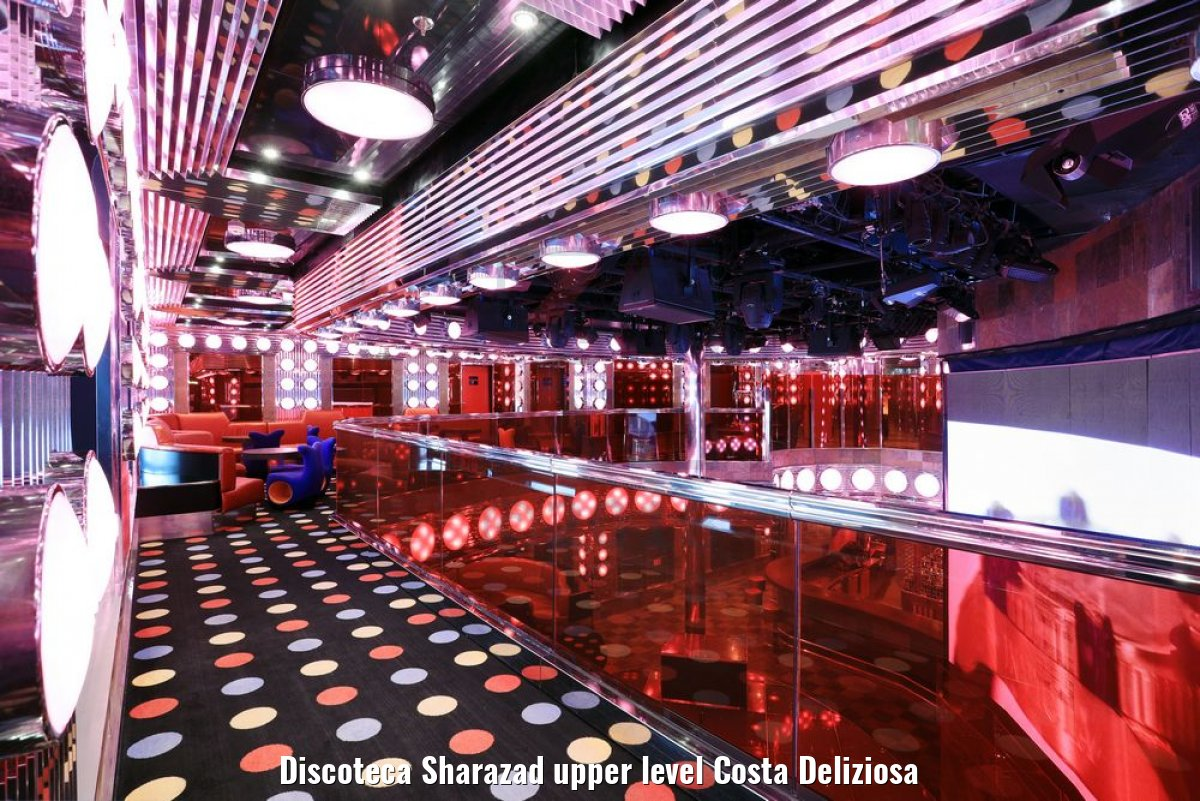 Discoteca Sharazad upper level Costa Deliziosa