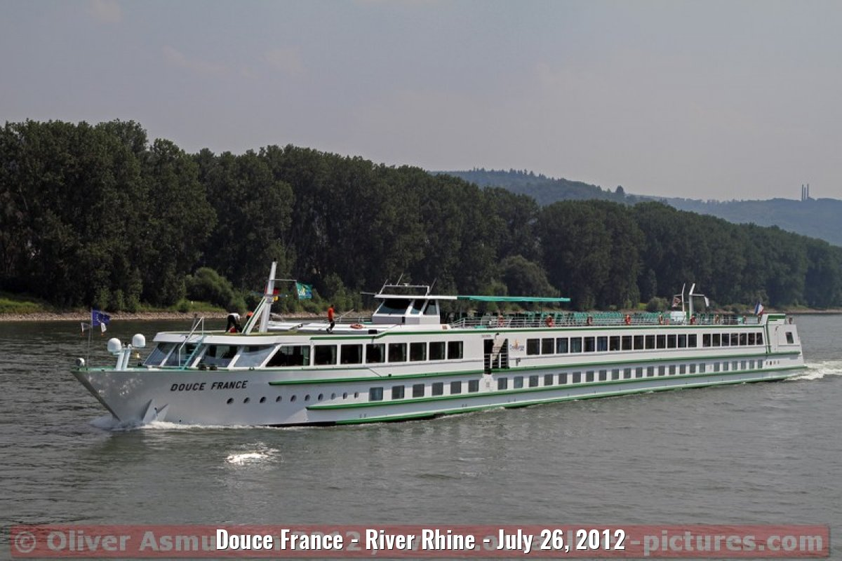 Douce France - River Rhine - July 26, 2012
