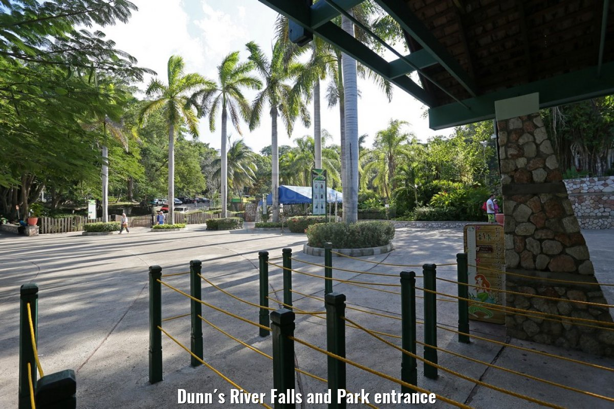 Dunn´s River Falls and Park entrance