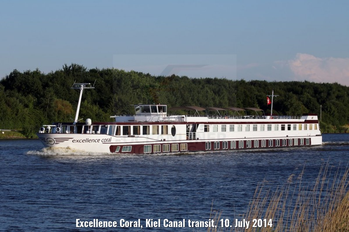 Excellence Coral, Kiel Canal transit, 10. July 2014