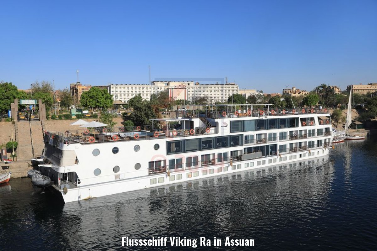 Flussschiff Viking Ra in Assuan