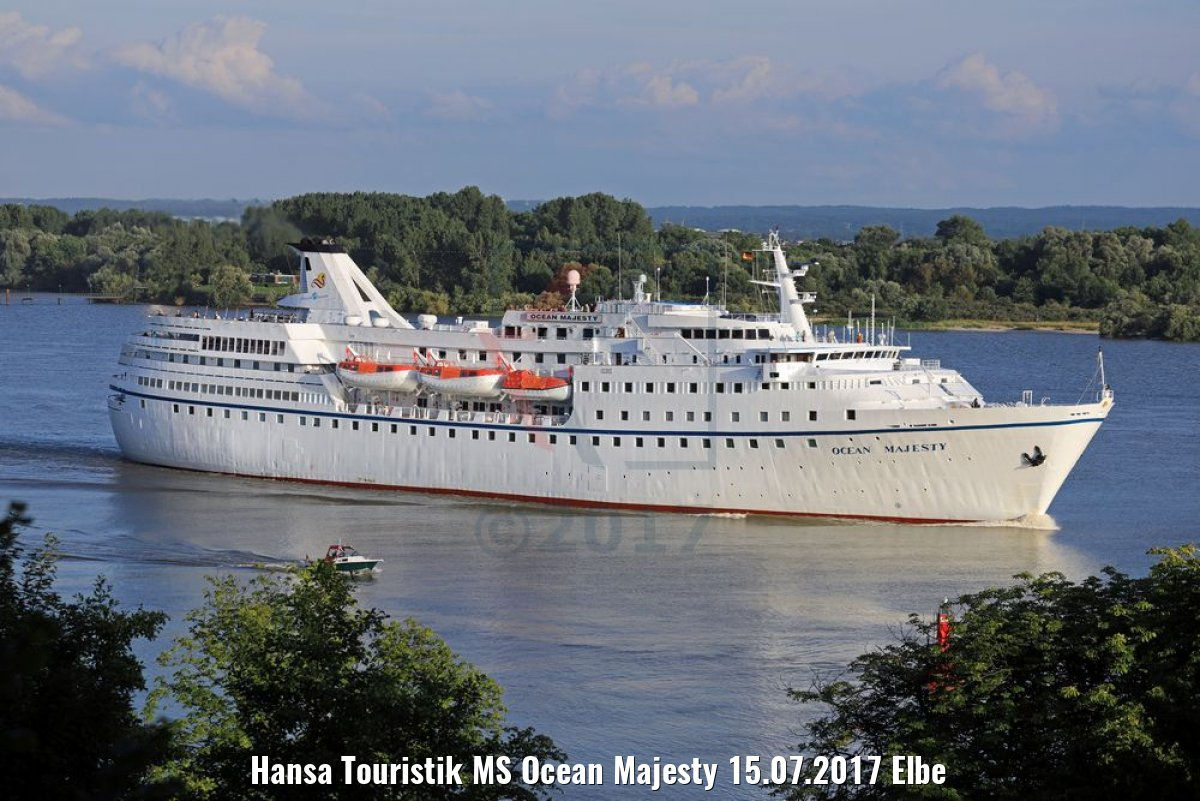 Hansa Touristik MS Ocean Majesty 15.07.2017 Elbe