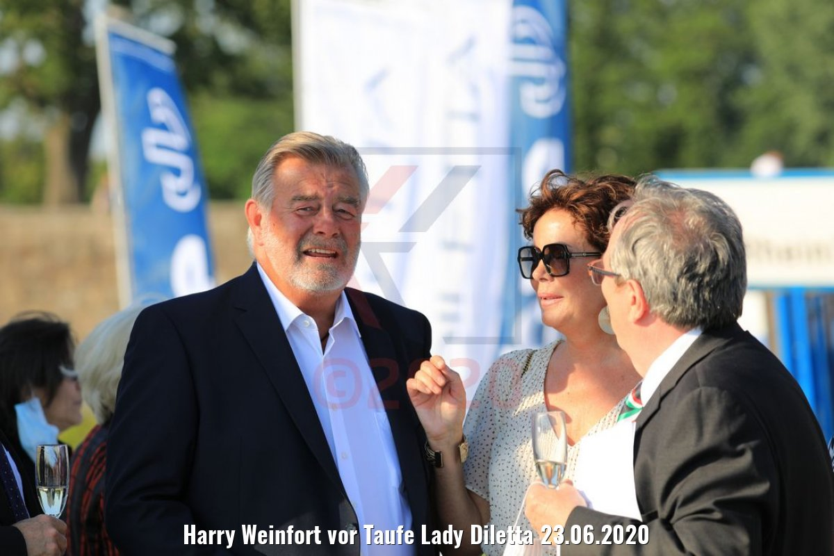 Harry Weinfort vor Taufe Lady Diletta 23.06.2020