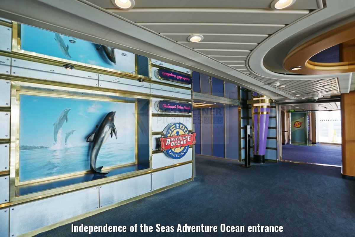 Independence of the Seas Adventure Ocean entrance