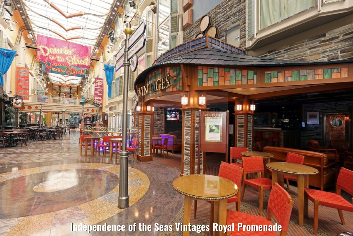 Independence of the Seas Vintages Royal Promenade