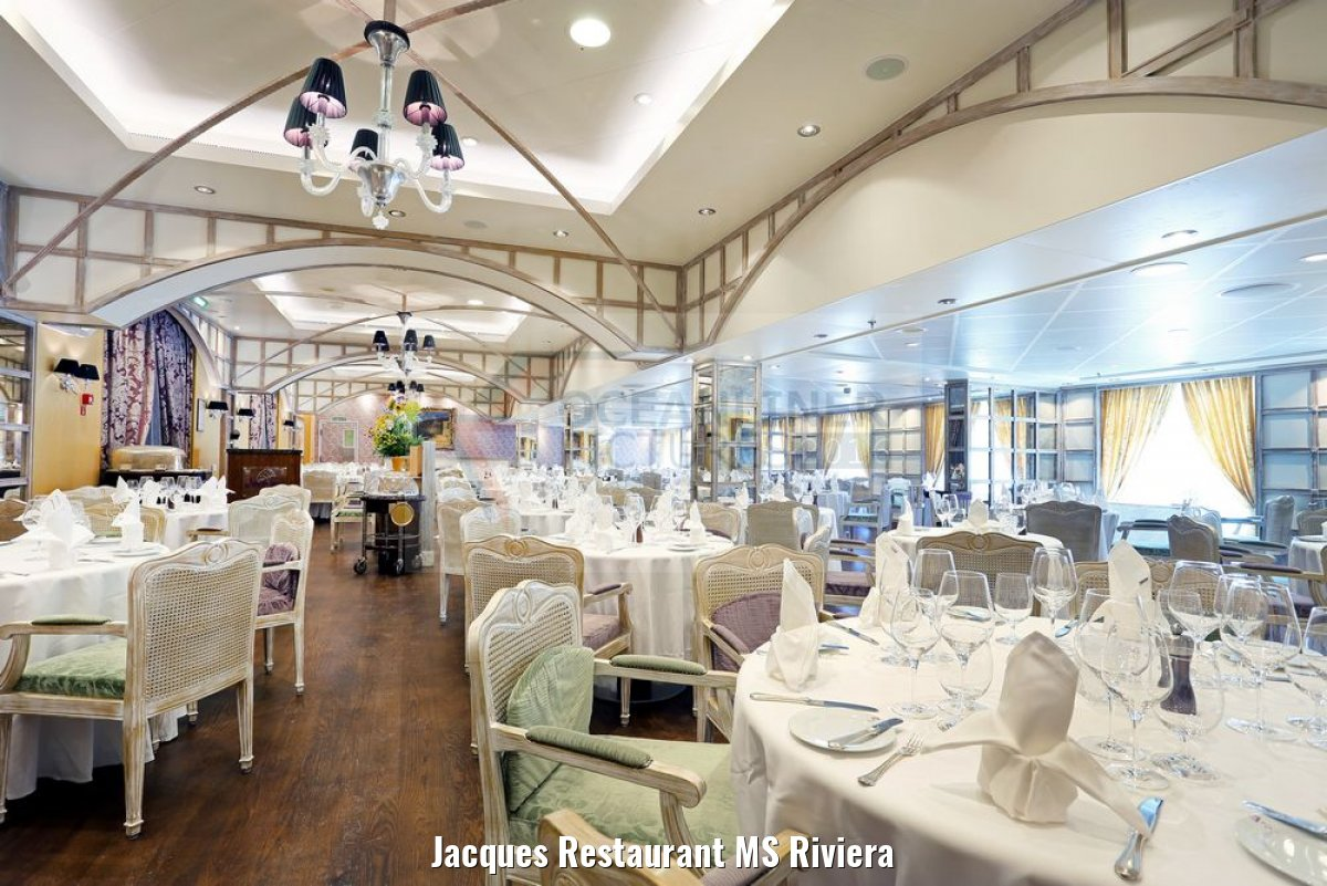 Jacques Restaurant MS Riviera
