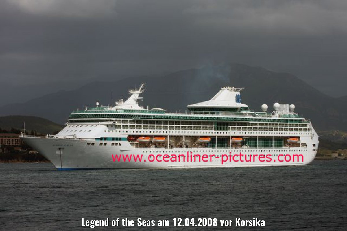 Legend of the Seas am 12.04.2008 vor Korsika