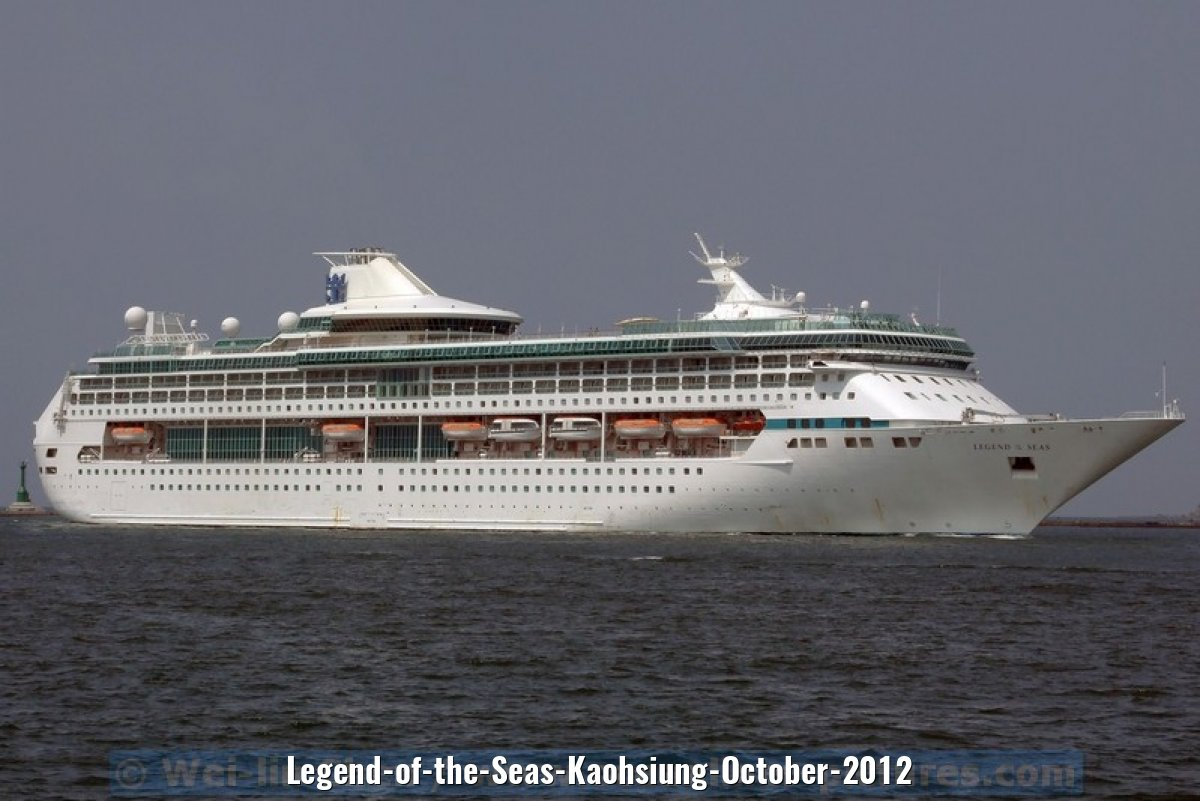 Legend-of-the-Seas-Kaohsiung-October-2012