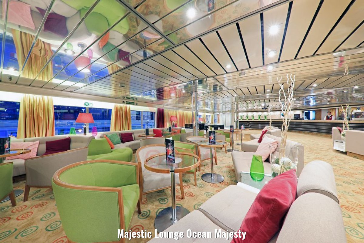 Majestic Lounge Ocean Majesty
