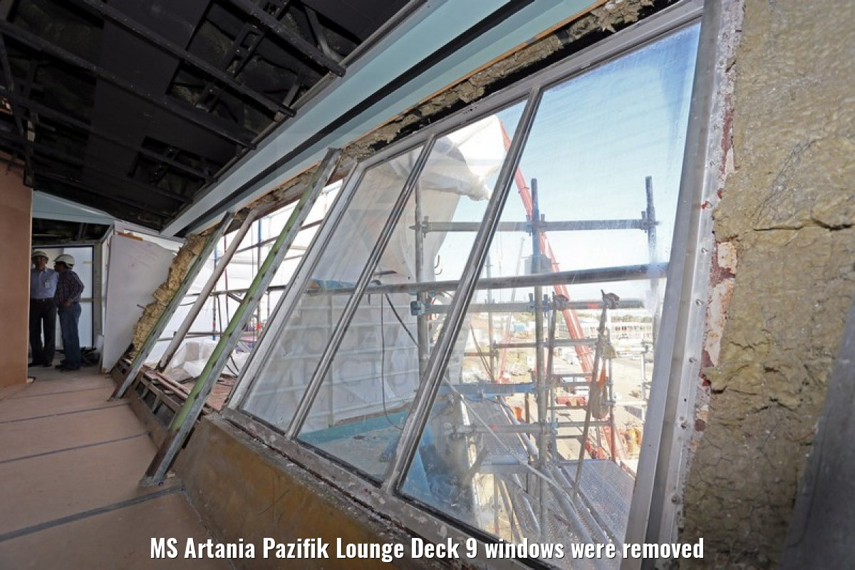 MS Artania Pazifik Lounge Deck 9 windows were removed