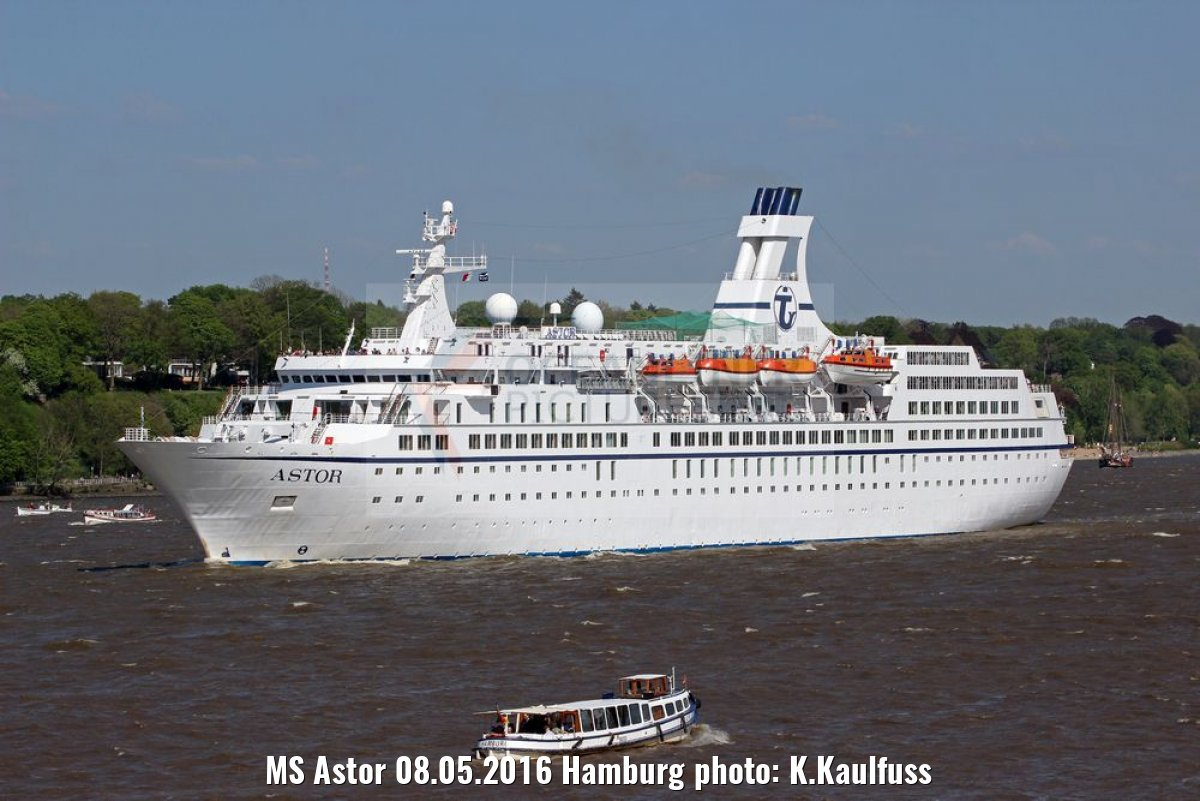 MS Astor 08.05.2016 Hamburg photo: K.Kaulfuss