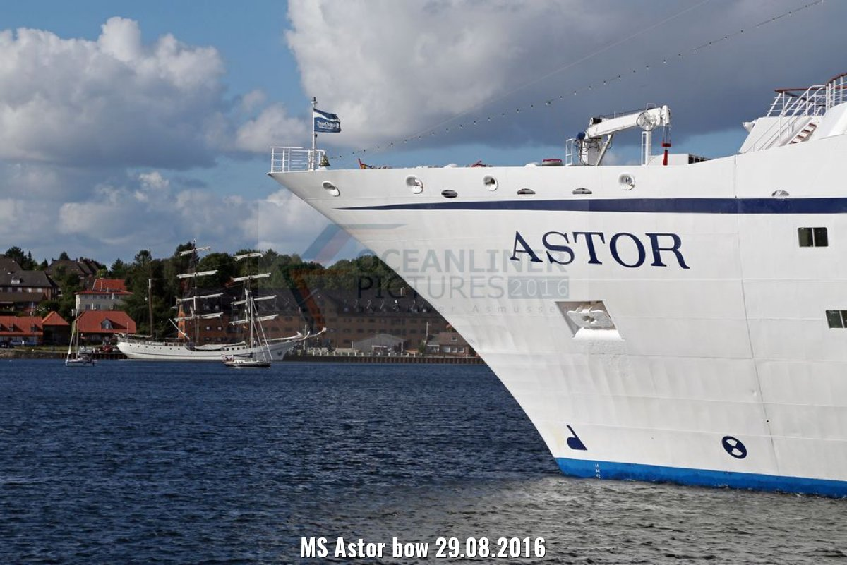 MS Astor bow 29.08.2016