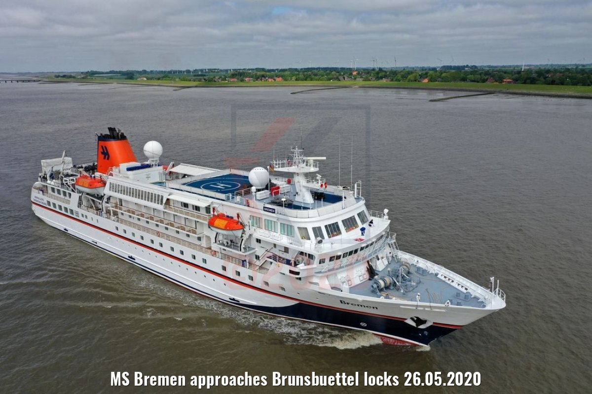 MS Bremen approaches Brunsbuettel locks 26.05.2020