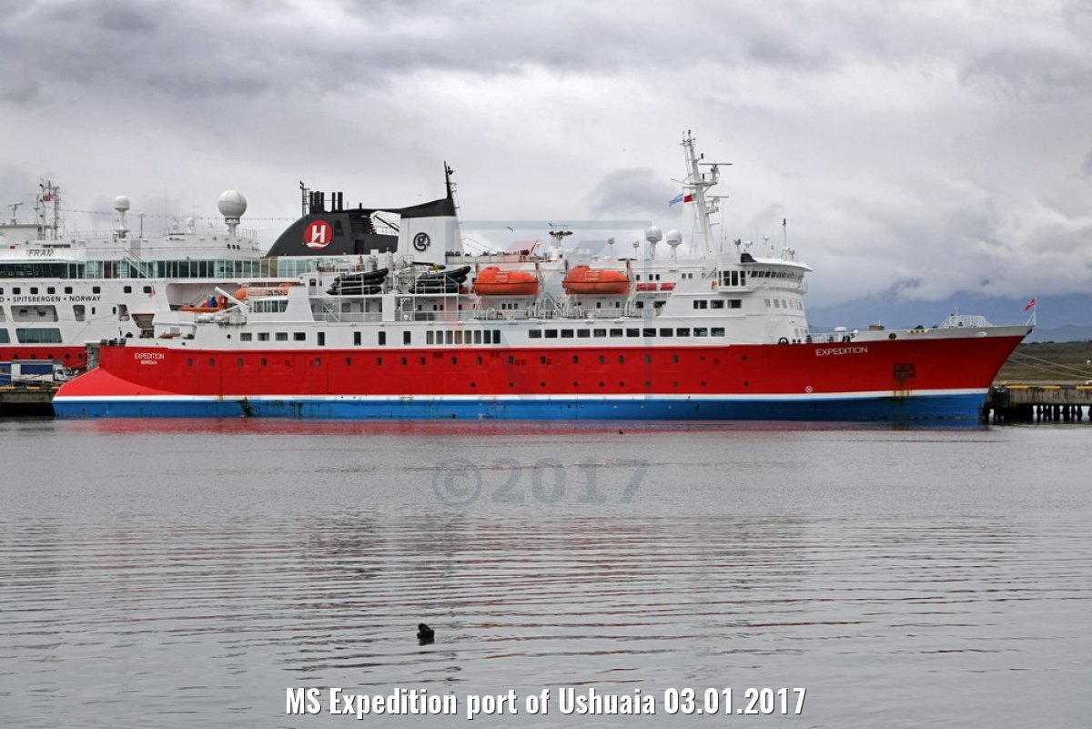MS Expedition port of Ushuaia 03.01.2017