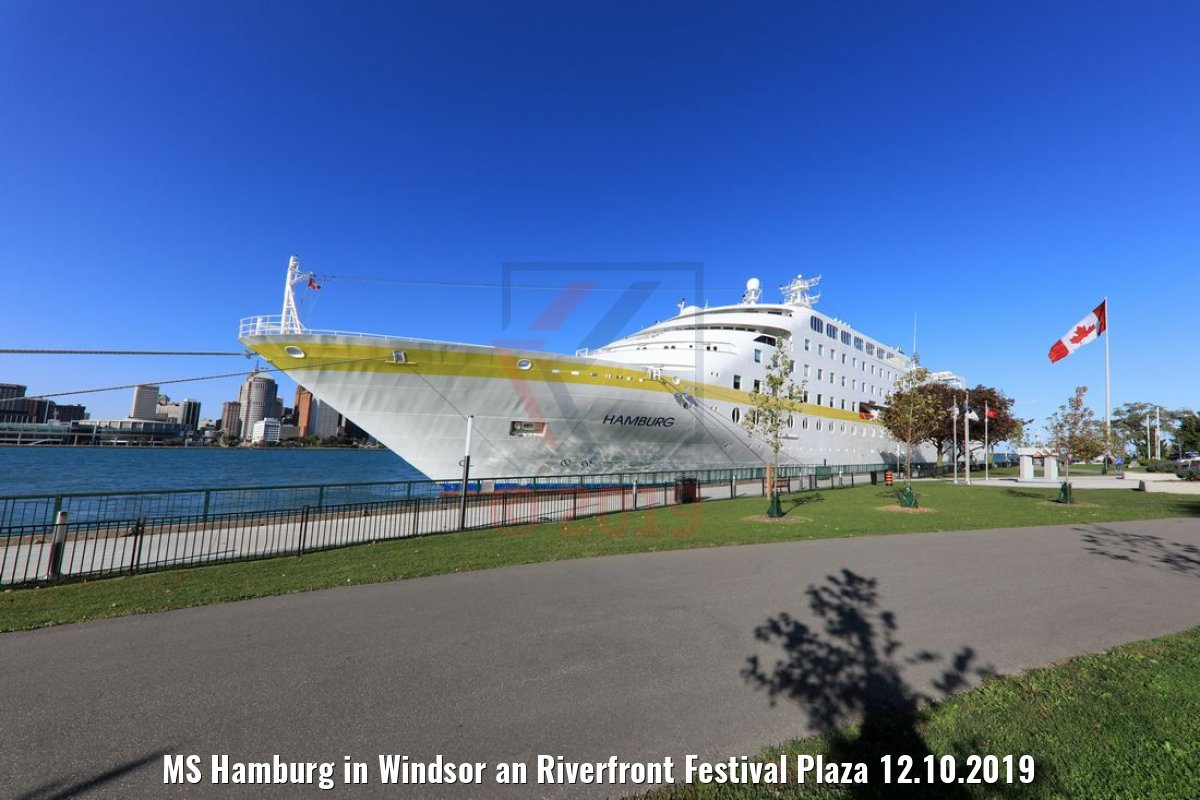MS Hamburg in Windsor an Riverfront Festival Plaza 12.10.2019