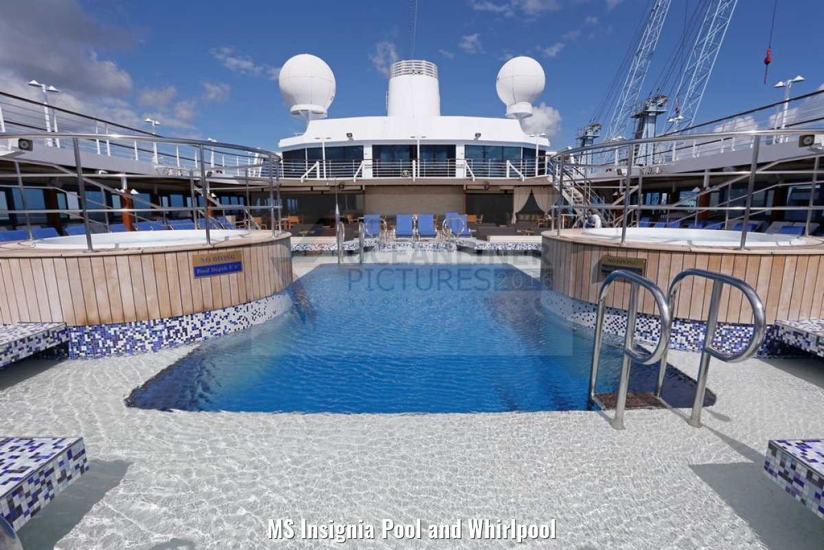 MS Insignia Pool and Whirlpool