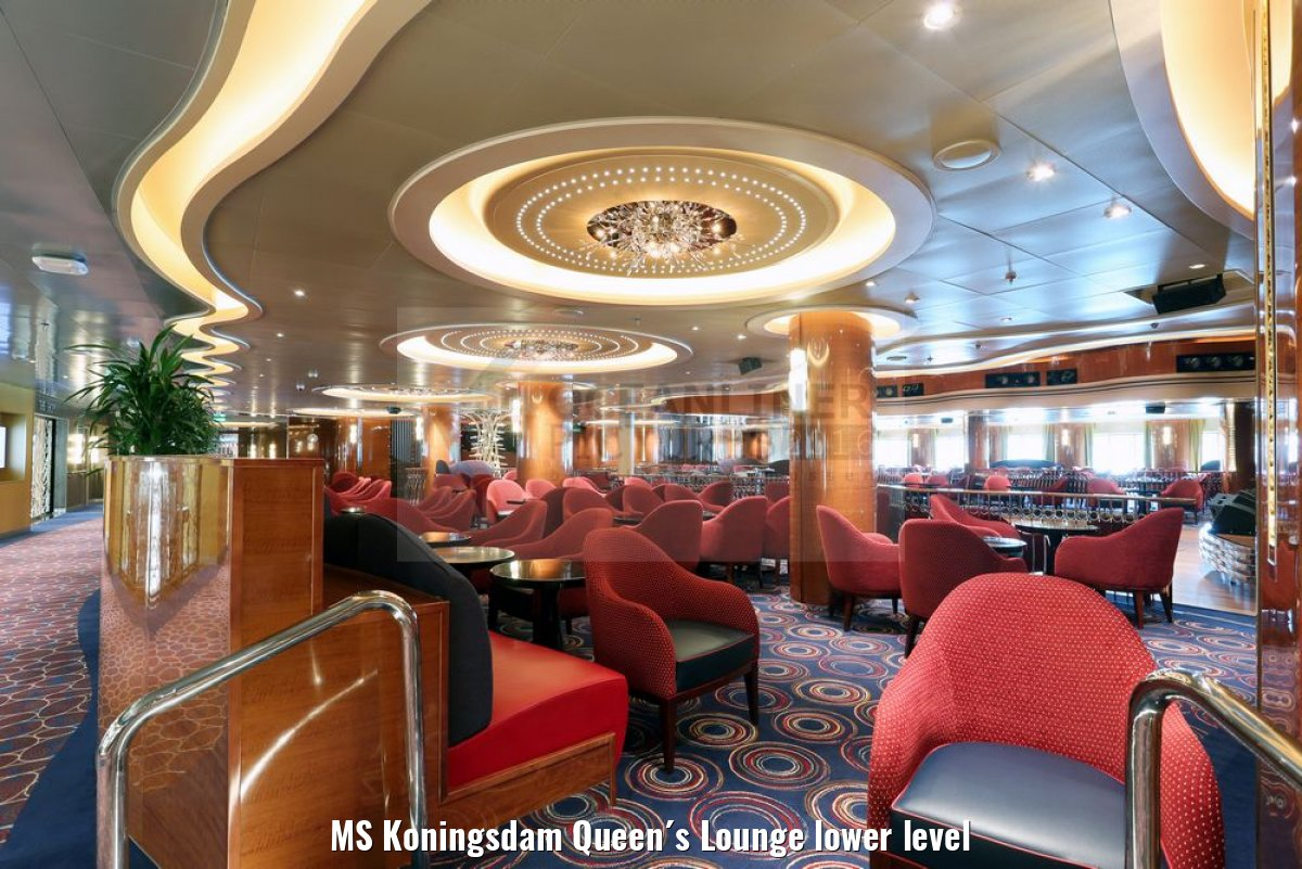 MS Koningsdam Queen´s Lounge lower level