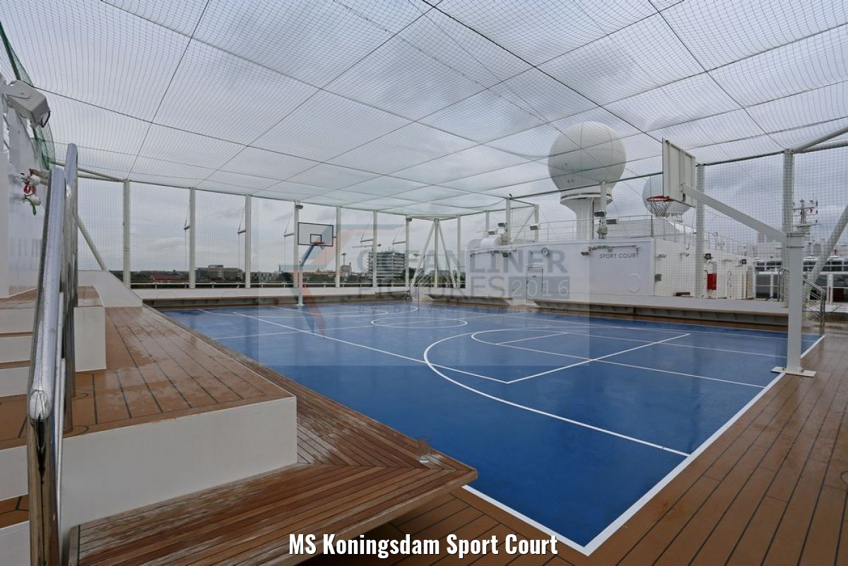 MS Koningsdam Sport Court