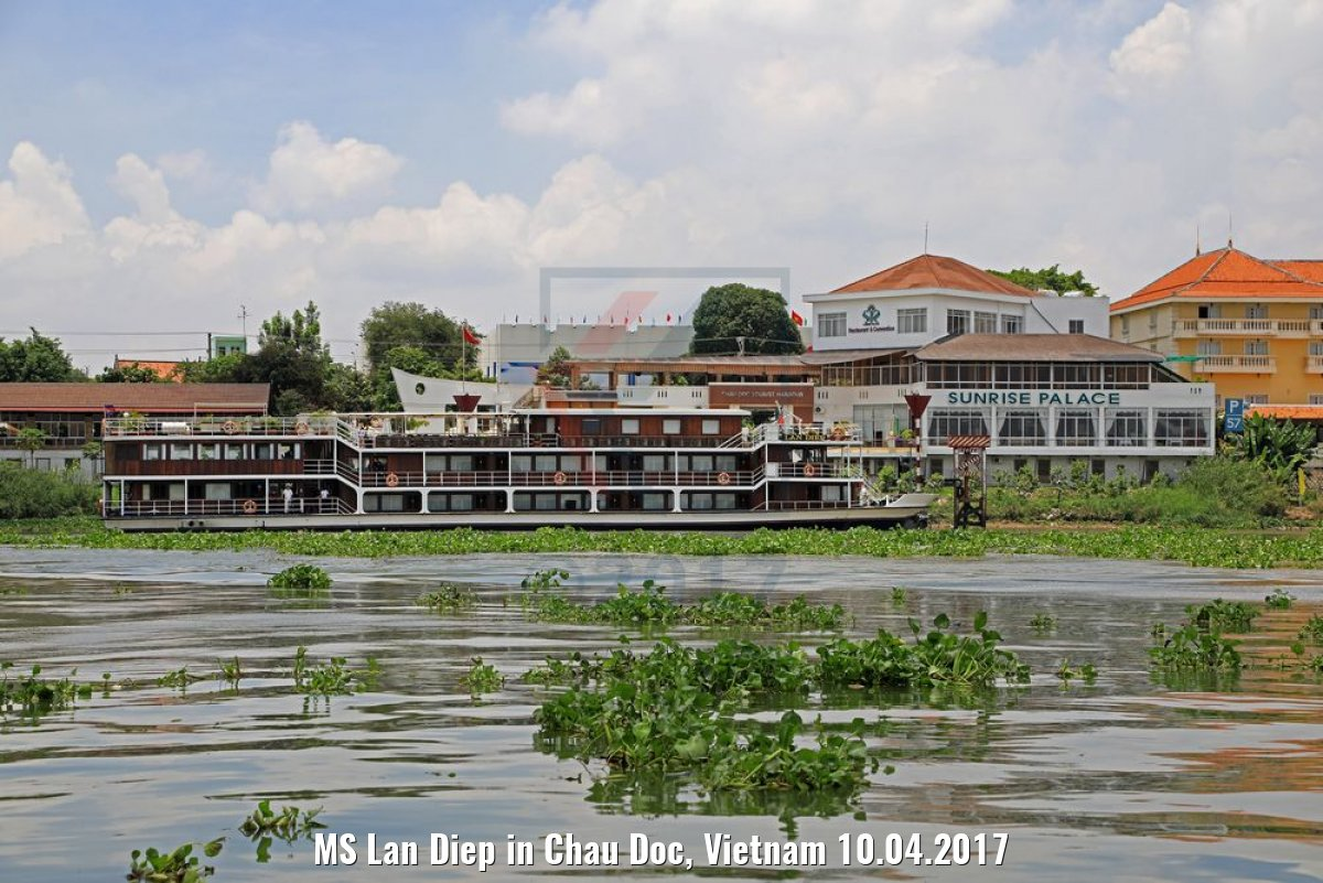MS Lan Diep in Chau Doc, Vietnam 10.04.2017