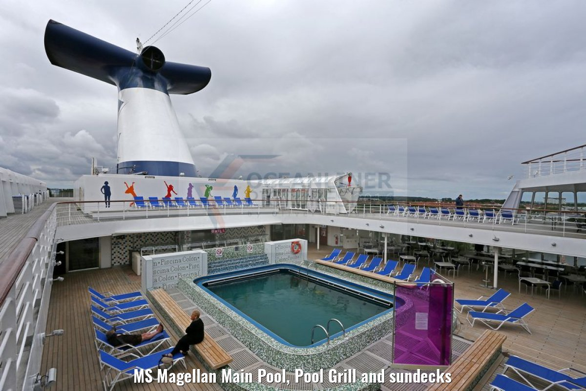 MS Magellan Main Pool, Pool Grill and sundecks