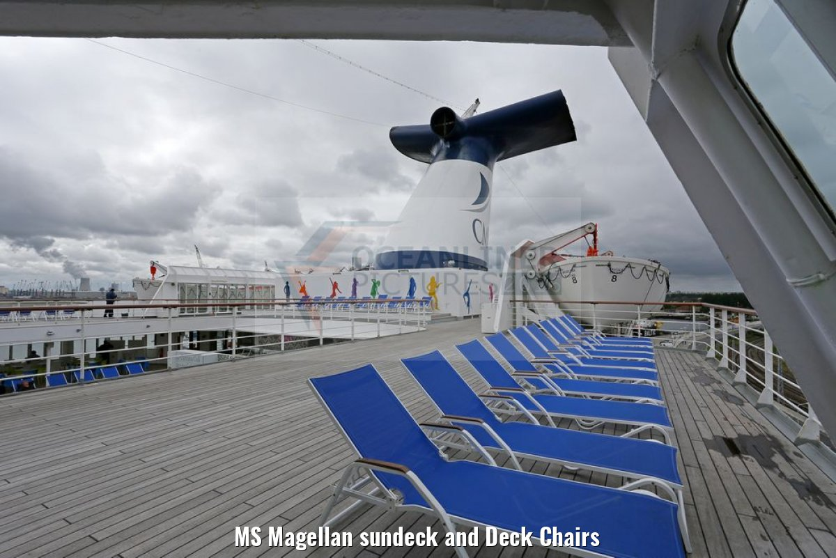MS Magellan sundeck and Deck Chairs