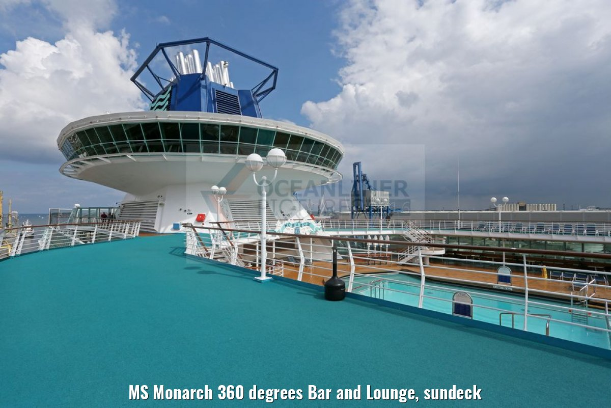 MS Monarch 360 degrees Bar and Lounge, sundeck