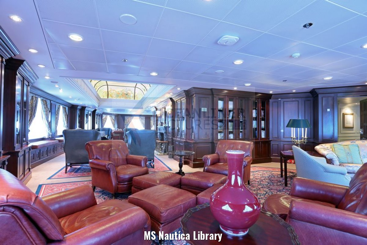 MS Nautica Library