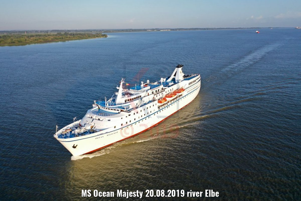 MS Ocean Majesty 20.08.2019 river Elbe