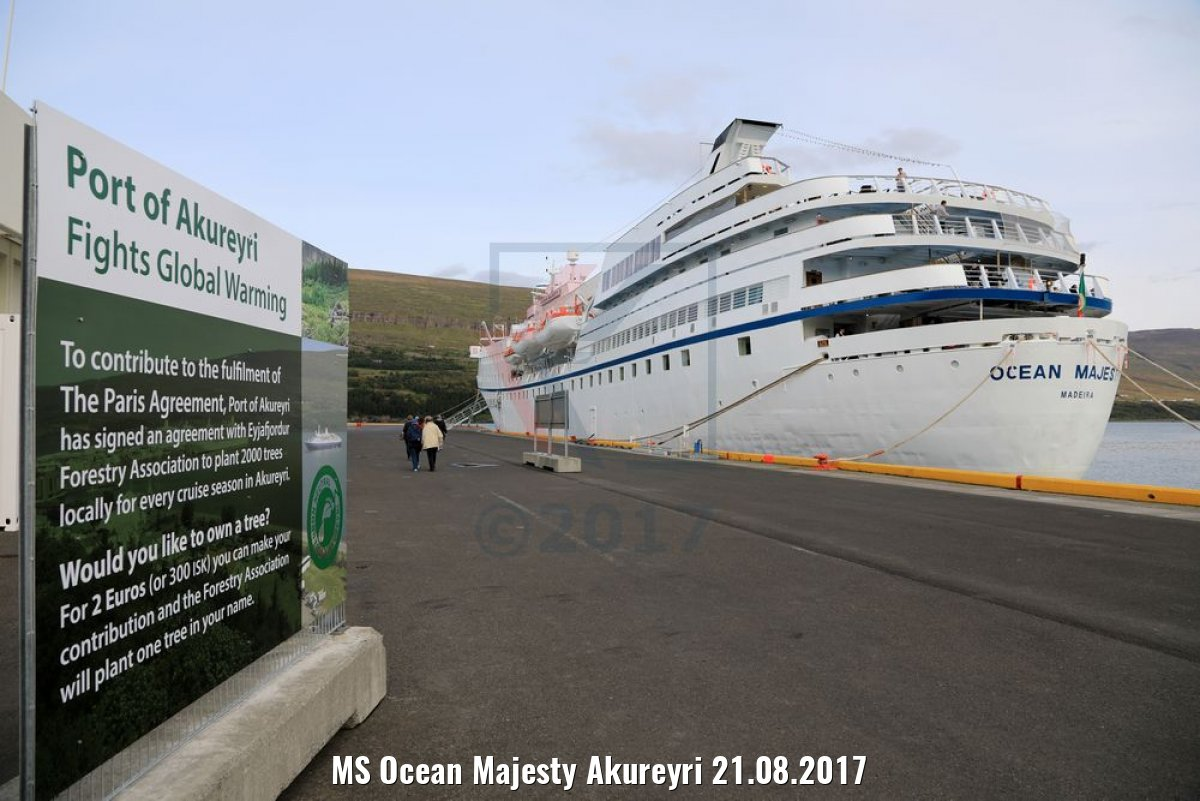 MS Ocean Majesty Akureyri 21.08.2017