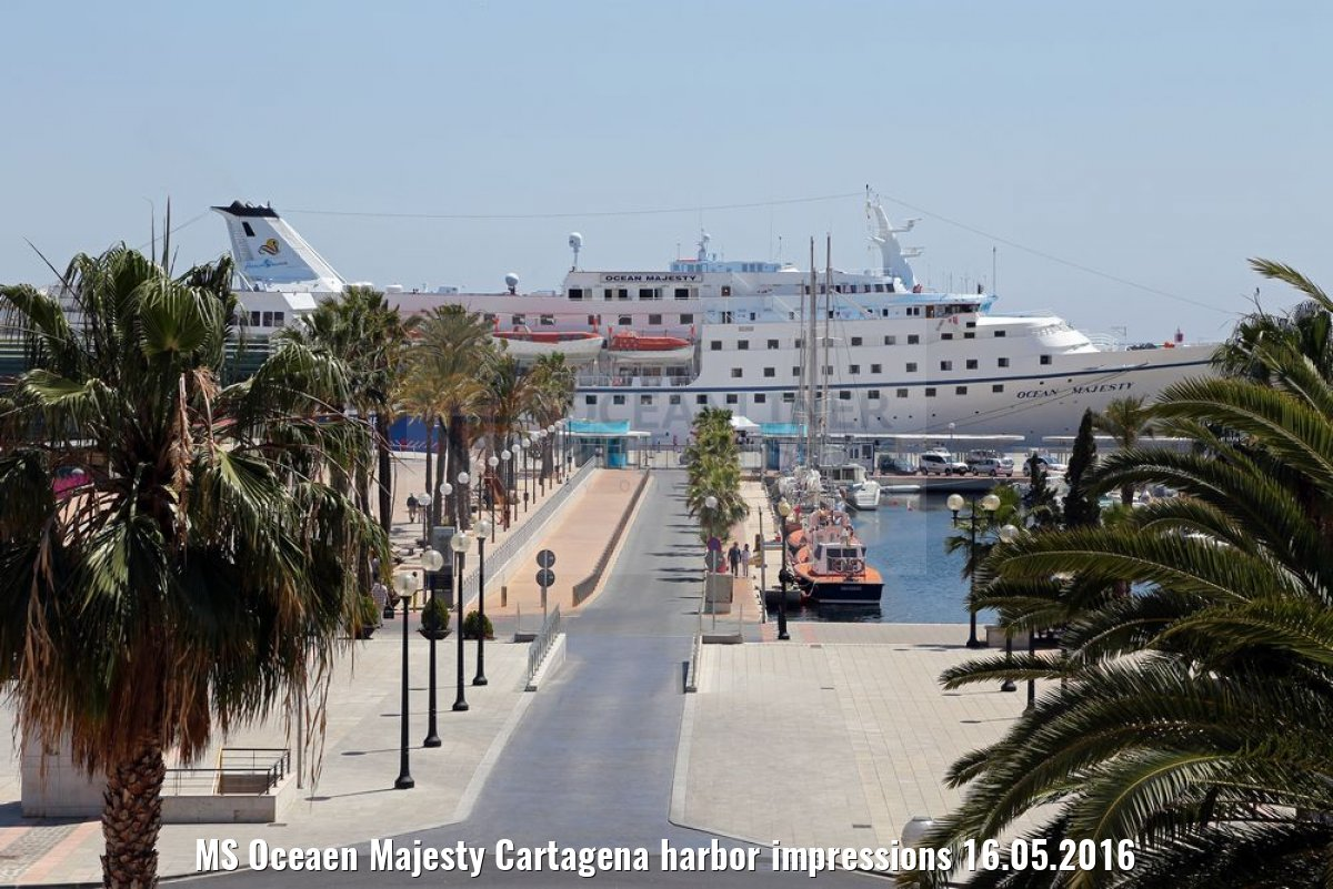 MS Oceaen Majesty Cartagena harbor impressions 16.05.2016
