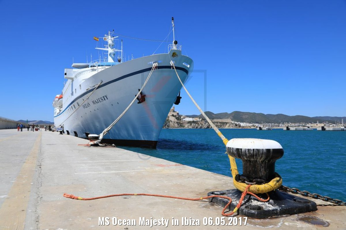 MS Ocean Majesty in Ibiza 06.05.2017