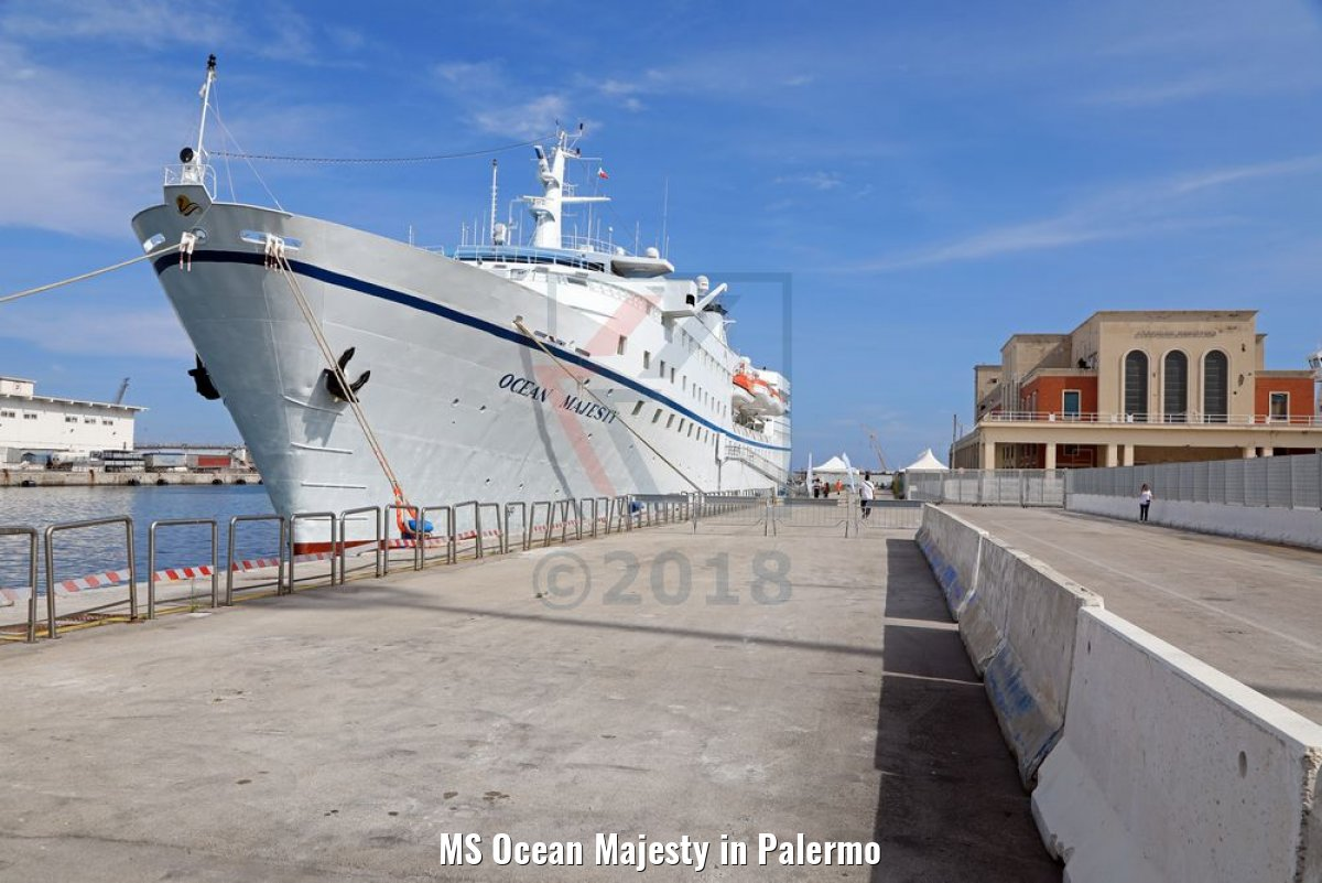 MS Ocean Majesty in Palermo